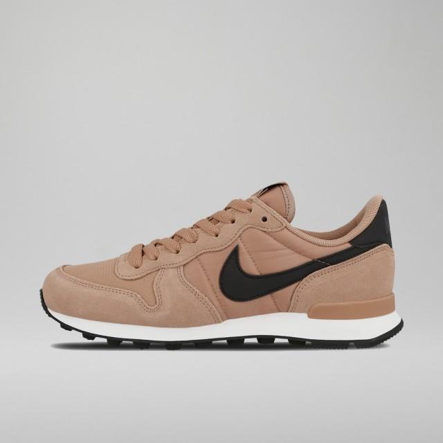 Internationalist Shoe