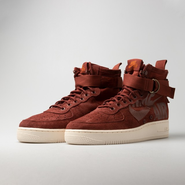 SF Air Force 1 Mid Shoe