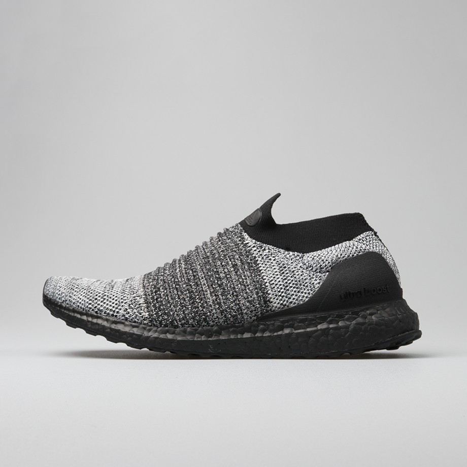 UltraBOOST LACELESS Pig Shoes